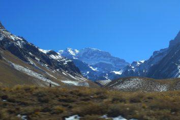 Prechod medzi Chilou a Argentinou (Santiago – Mendoza)