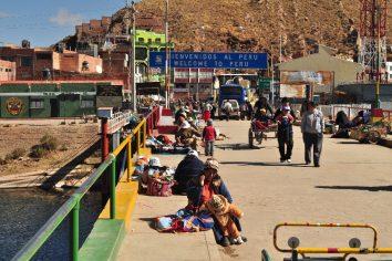 Bolivia con Peru border crossing…