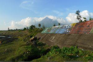 "Kapitola 1, Luzon JUH (Filipiny) aneb ""Sunanie na mraky"""