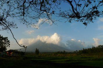 Cagsawa Ruins & Mr. Mt. Mayon