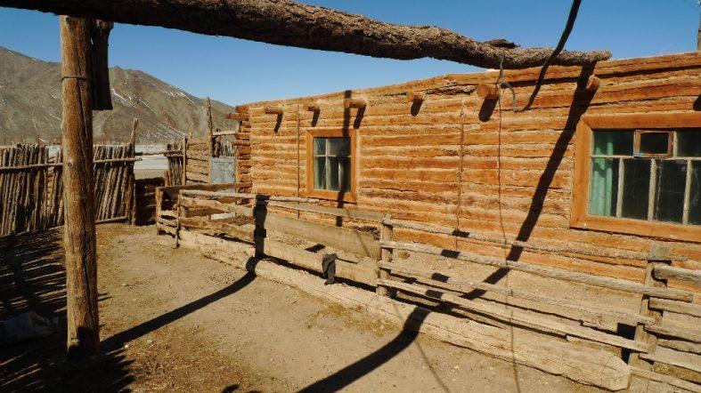 Sengel W Mongolia (Tva Community 100km from the Russian borders)