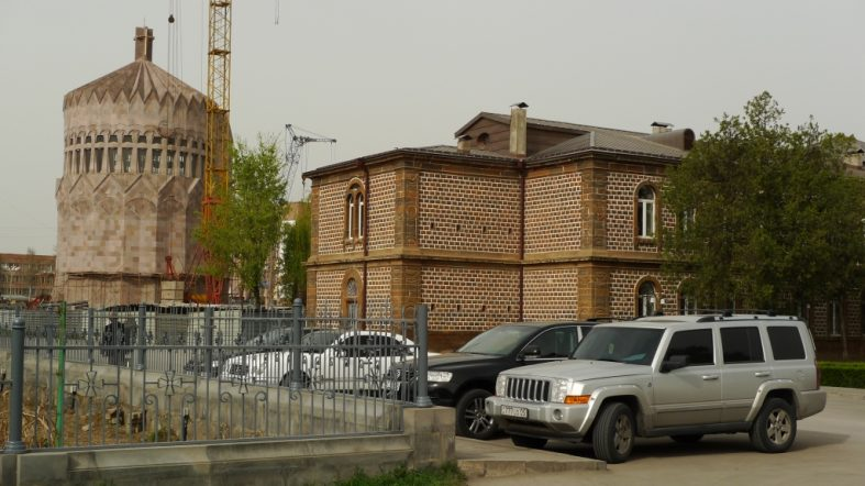 Around Yerevan – Echmiadzin